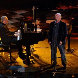 Gino Paoli sul palco dell'Ariston (Foto Ansa)