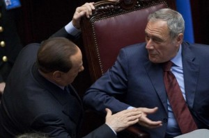 Senato parte civile contro Berlusconi. Forza Italia chiede dimissioni di Grasso