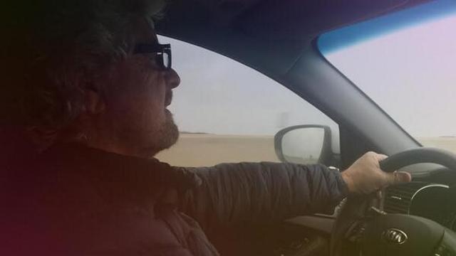 Beppe Grillo, foto su Twitter