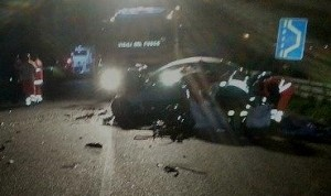 Guarda la versione ingrandita di Salerno. Incidente mortale ad Agropoli: 4 morti e 3 feriti