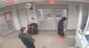 Justin Bieber sottoposto all'alcol test: il nuovo video sull'arresto di Miami