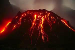 L'eruzione del vulcano Klud