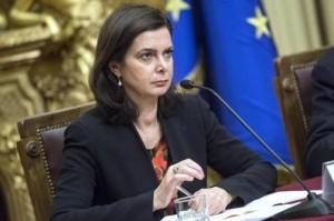Laura Boldrini chiede la scorta anche per il compagno e la figlia