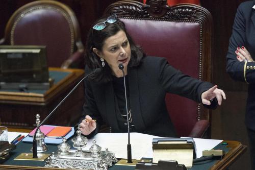 """Laura Boldrini contro Grillo e M5s: """"Odio, eversione, come fanno le loro donne?"""""""