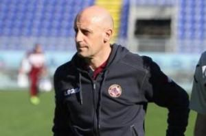 Livorno-Verona, formazioni Serie A: Di Carlo sfida Mandorlini con Paulinho (LaPresse)