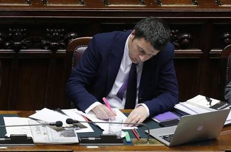 """Matteo@governo.it, la mail di Renzi dove segnalare """"se qualcosa non va"""""""