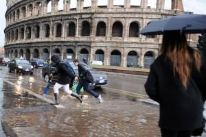 Roma, non pioveva così dal 1917: ma non era nubifragio