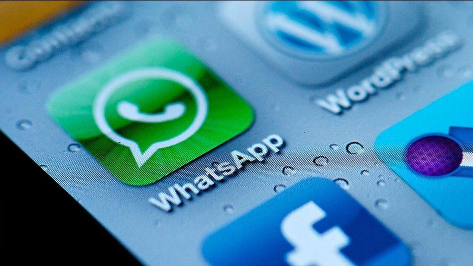 """""""L'amore difficile per i bugiardi su WhatsApp"""", Guia Soncini sul Messaggero"""