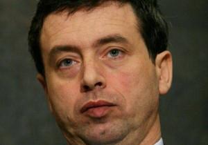 Andrea Orlando alla Giustizia?  L'ombra di Berlusconi. Nodo carriere magistrati