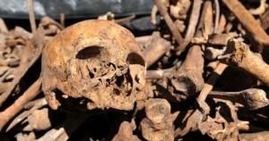 Duomo di Savona, ossa umane spuntano durante restauro