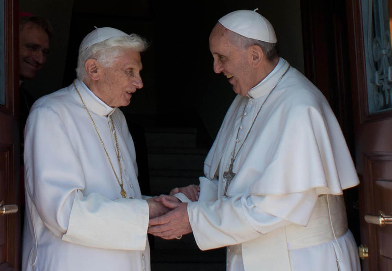 L'incontro tra papa Francesco e Ratzinger del maggio 2013