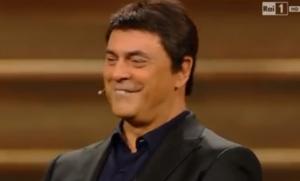 "Sanremo, Crozza imita Renzi: ""Abbasserò il Pil, aumenterò il pilates"