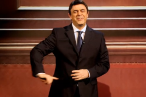 """""""Crozza nel paese delle meraviglie"""": lo spot con Renzi e Berlusconi"""