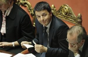 """Matteo Renzi, fiducia al Senato con """"solo"""" 169 sì. Governo campa, non brinda..."""