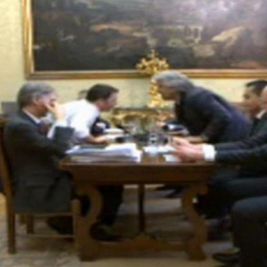 Beppe Grillo - Matteo Renzi: incontro versione rap (video)