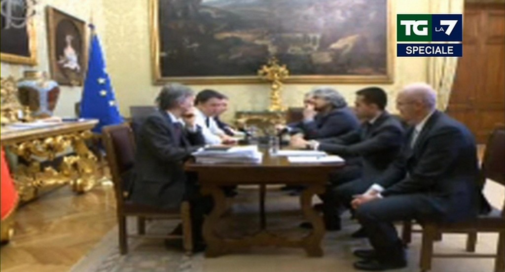 Streaming Renzi-Grillo: il nulla elegante e il niente arrogante