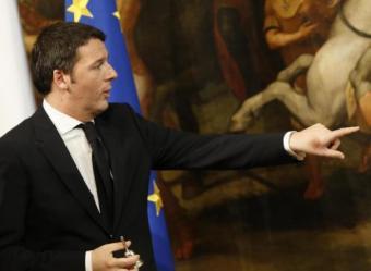 """Renzi, prima domenica di lavoro: """"Burocrazia madre di tutte le battaglie"""""""