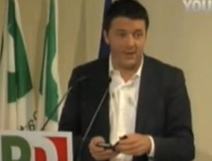 """Direzione Pd, sms di La7 a Matteo Renzi: """"Aspetta, siamo in pubblicità"""" (video)"""