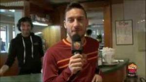 Roma, Francesco Totti auguri a Rudi Garcia in francese (video)