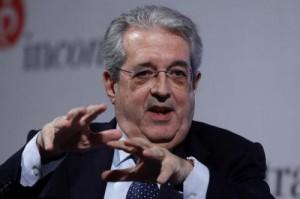 """Saccomanni: """"La burocrazia paralizza l'Italia? Balla"""""""