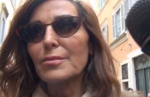 """Daniela Santanchè: """"Se Alfano si sfila dal Governo, vado a farmi monaca"""