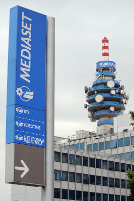 Mediaset soffia a Sky i diritti Champions League dal 2015 al 2018