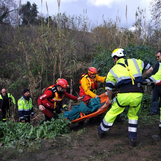 Terme Vigliatore (Messina): travolta dal fiume, riesce a salvarsi
