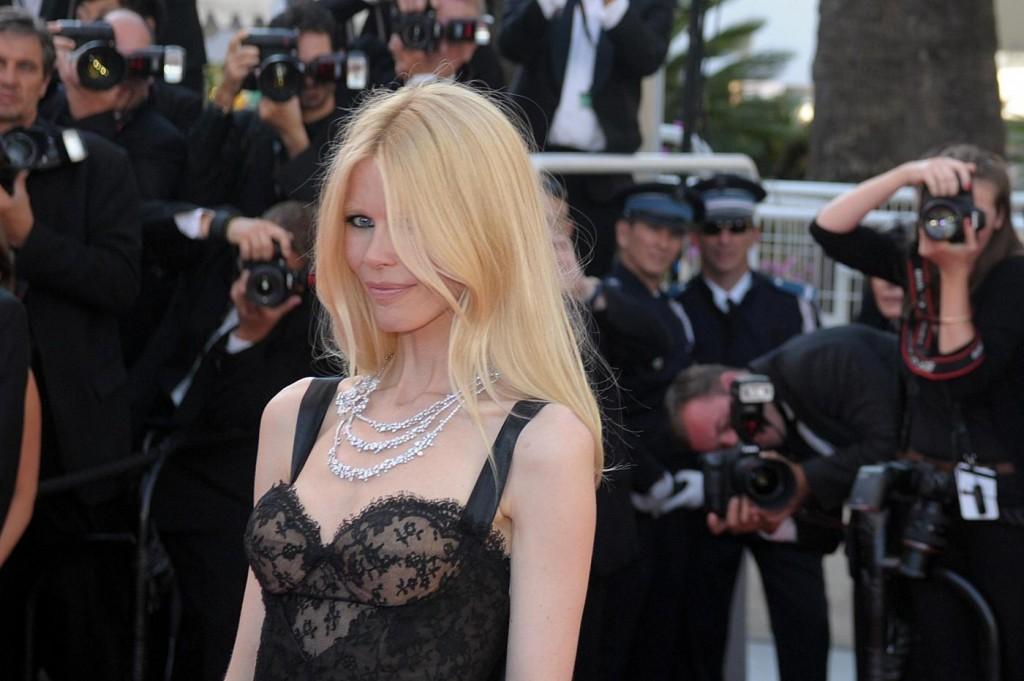 "Claudia Schiffer, proposta indecente: ""No a 1 mln di sterline da principe arabo"""
