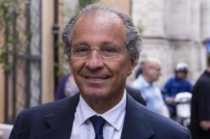 Appalti Palazzo Chigi, Luigi Bisignani e Antonio Ragusa agli arresti domiciliari
