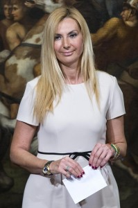 """Micaela Biancofiore: """"Inutili idioti? Angelino Alfano scodinzolava più di Dudù"""""""