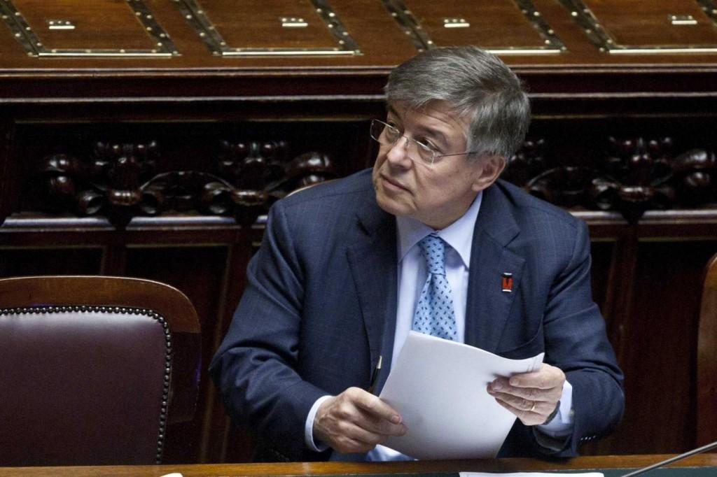 """Franco Tosi Meccanica, Il Fatto: """"Così Zanonato 'sbriciola' un'azienda"""""""