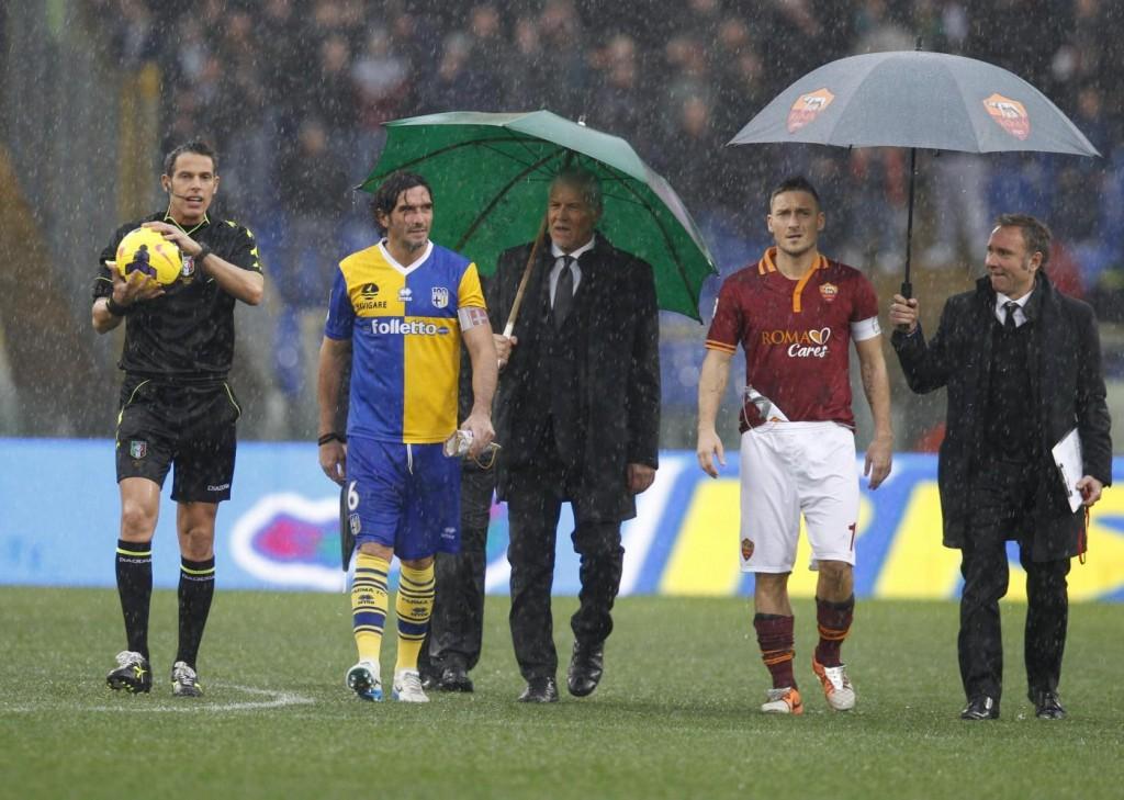 Roma-Parma, si gioca il 2 o 9 aprile. Dipende dalla Lazio in Europa League