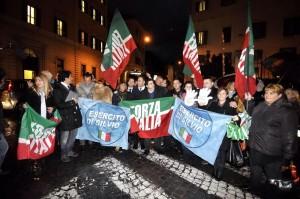 L'Esercito di Silvio in piazza contro Napolitano