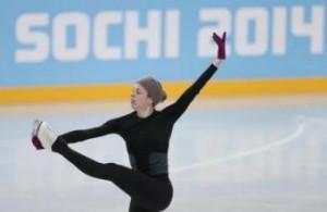 Sochi: Enrico Letta saluta la Carolina Kostner, buon compleanno all'azzurra (LaPresse)