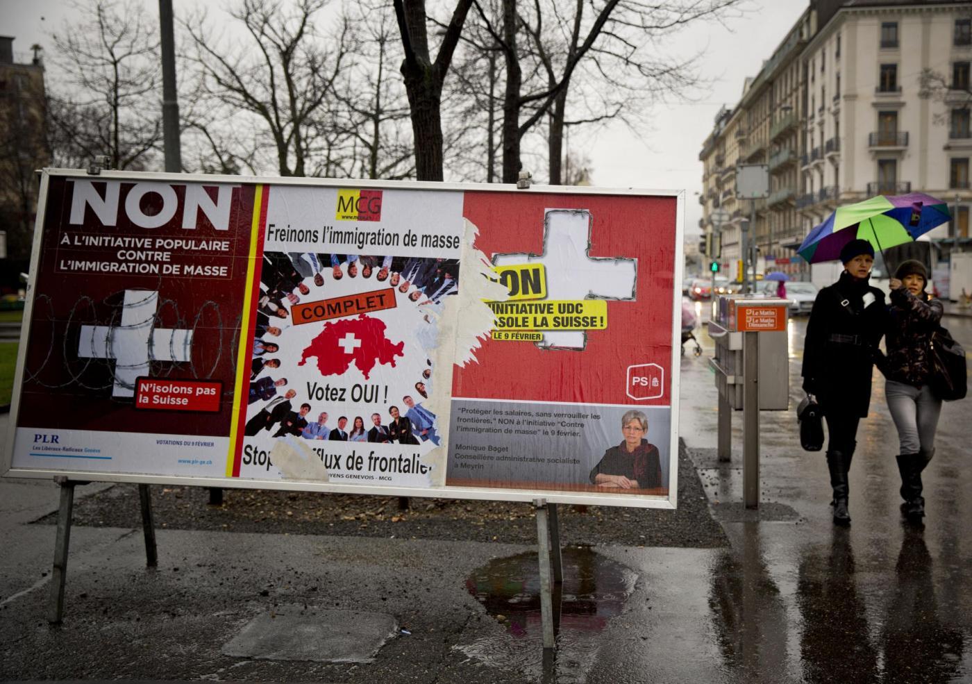 """Svizzera: la Ue stoppa il negoziato sul """"trattato istituzionale"""""""