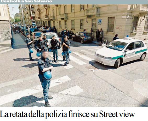 Torino, la Google Street Views riprende la retata della polizia