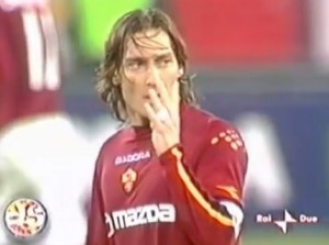 Francesco Totti, il gesto contro la Juventus