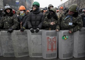 Ucraina: 60.000 manifestanti in piazza Maidan a Kiev