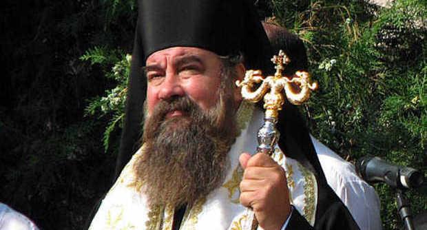 Orgia con 2 donne su internet, vescovo bulgaro rimosso