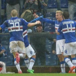 Video gol e pagelle, Genoa-Sampdoria 0-1: Maxi Lopez uomo derby (Ansa)