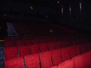 Pakistan, attentato in un cinema hard: dieci morti