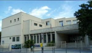 """La scuola media """"Donatello"""" di Ancona (foto Web)"""