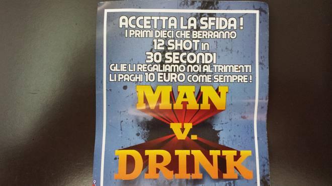 """Padova, """"bere 12 shot in 30 secondi"""". Il volantino di un bar"""