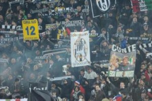 Napoli-Juventus, tifosi ospiti: 'Vesuvio lavali con fuoco' (LaPresse)