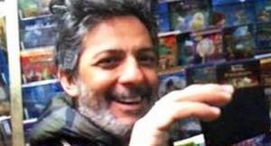 Fiorello investe pedone con lo scooter a Roma. Entrambi all'ospedale