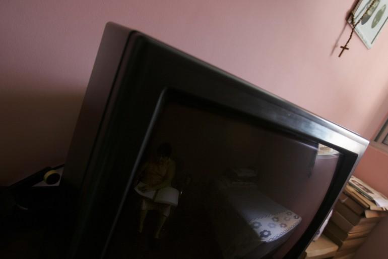 cadavere-televisore-televisione-1-770x513