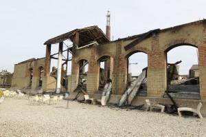 Città della Scienza devastata dall'incendio del 4 marzo 2013 (Foto Lapresse)