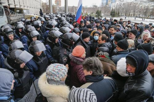 Crimea. L'Europa soffia sul fuoco ma miliardi e patrolio possono brucIarci