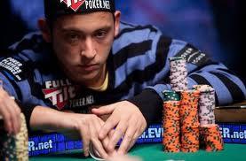 """Filippo Candio """"Drive on"""", il campione di poker indagato per evasione fiscale"""