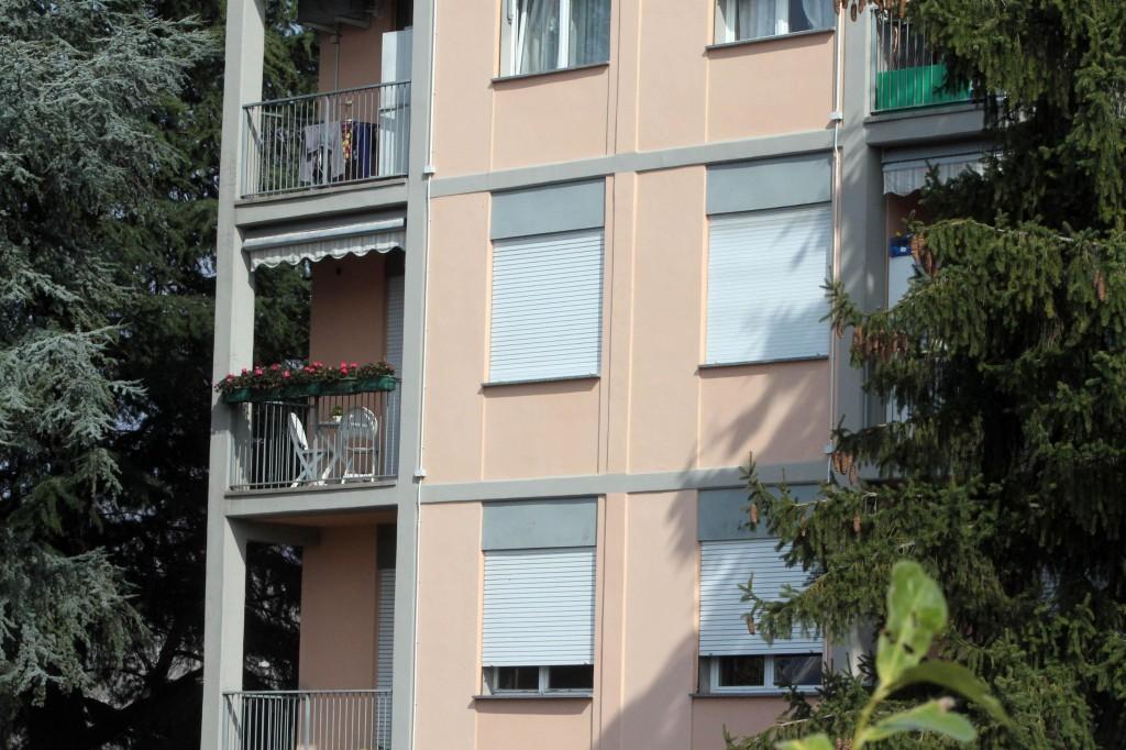 La casa dove Edlira viveva con le figlie a Lecco (Foto Ansa)